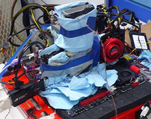 Radeon HD 7970 chạy Overclock lên tới tốc độ 1700MHz bằng Nitơ lỏng