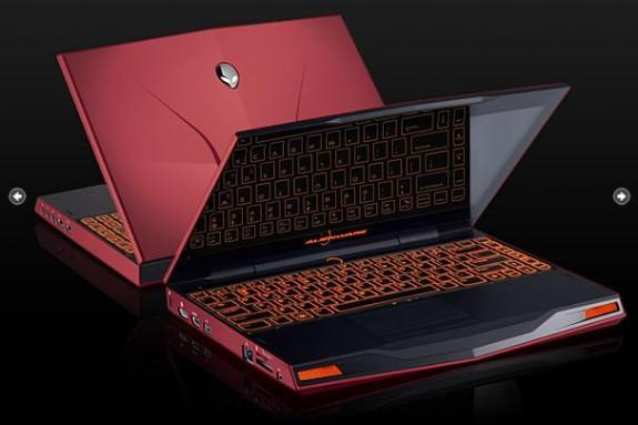 Dell sửa máy xách tay Alienware M11x bị gãy bản lề